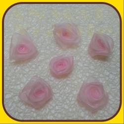 Ružičky organza Ružová