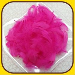 Pierka dekoračné 15g Ružová tmavá 6A